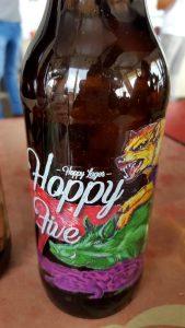 Cerveza Hoppy Five, colaboración de Sevebrau y Cervezas Piporra