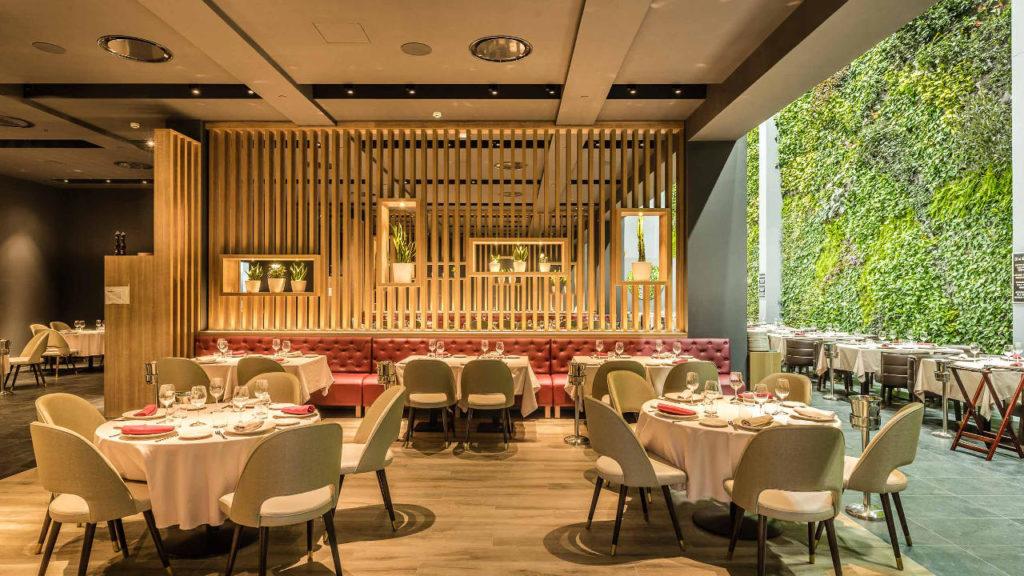 Sala del restaurante Bálamo